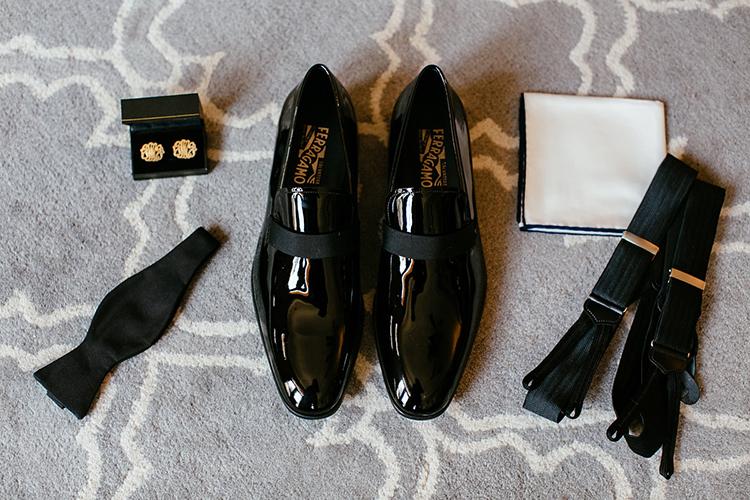 新郎が履く靴