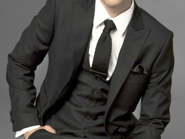Mens-Wear-2012-Fashion-Business-Suit-Custom-Made-Suit-Black-Three-piece-Suit-Men-In-Suits-1