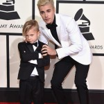 justin-bieber-grammy-outfit_0