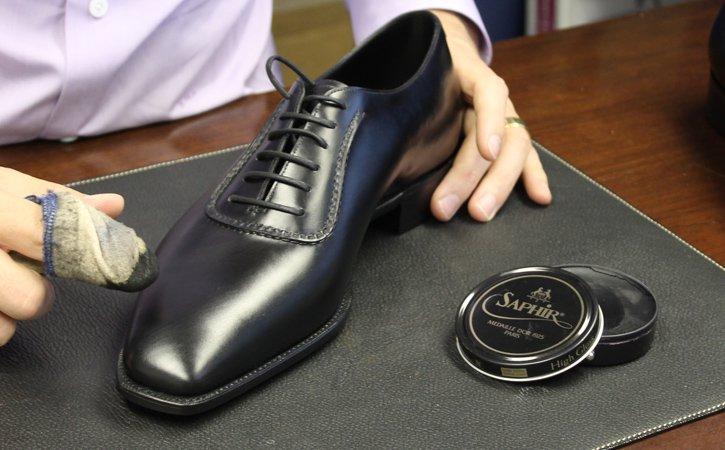 結婚式の新郎靴
