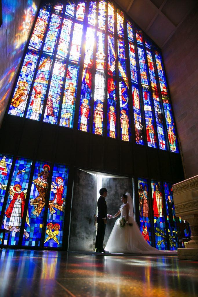セントアンドリュース教会で結婚式を挙げた新郎のオーダータキシード